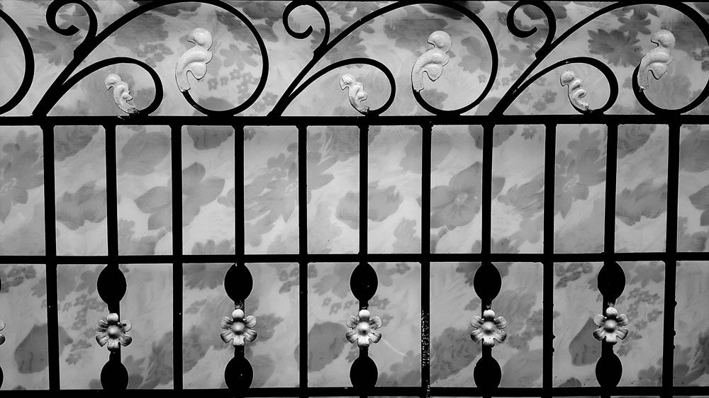 dark-textured-background4