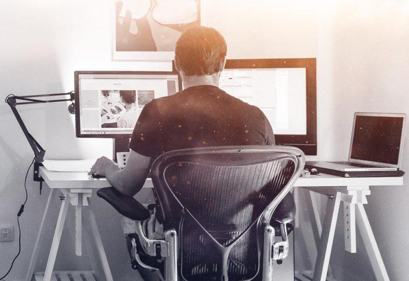 busy-web-designer