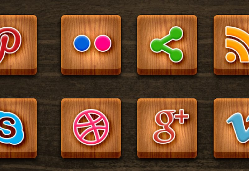wood-social-media-icons
